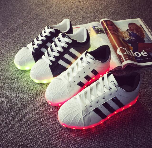 adidas chaussure led pas cher