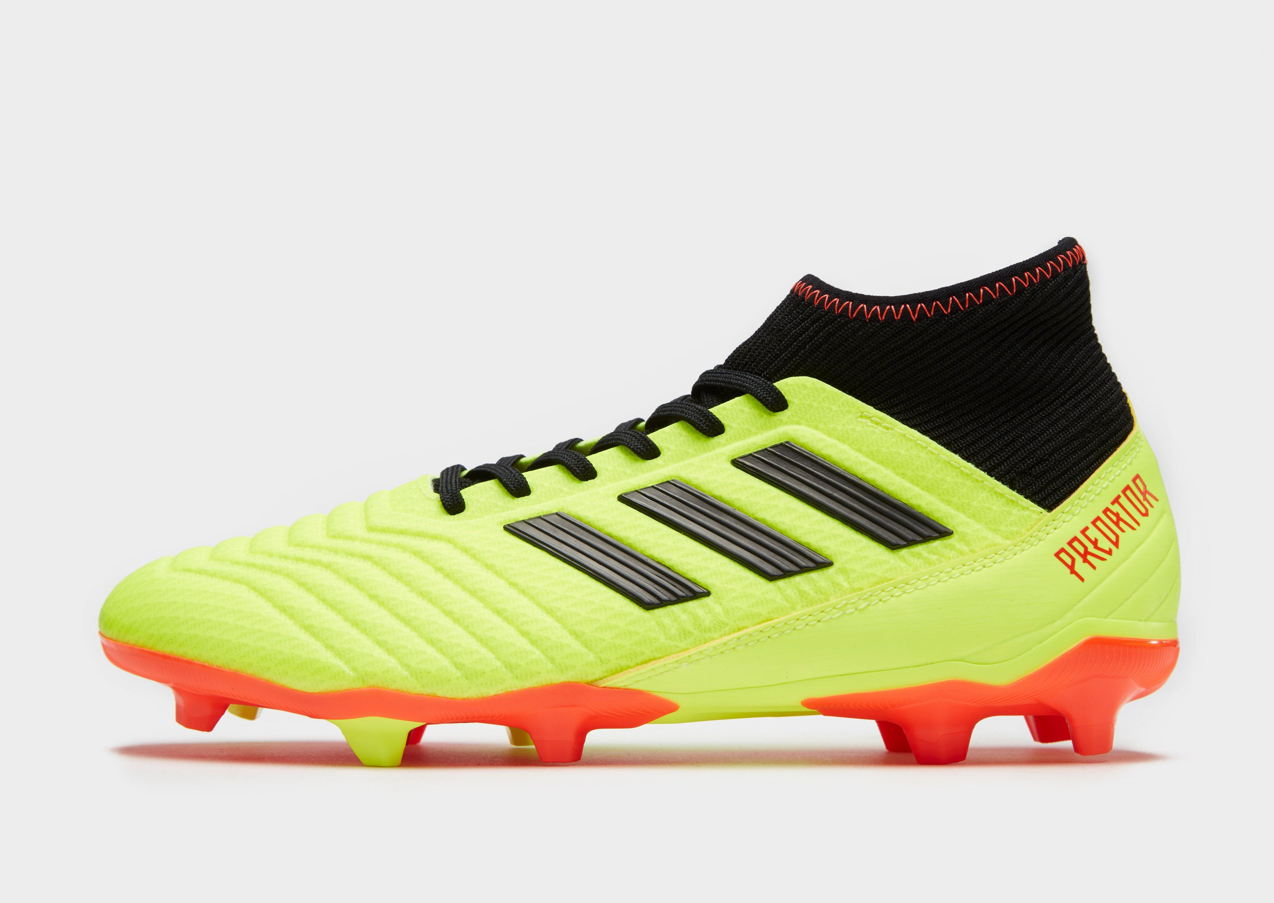 Homme Adidas Predator Chaussure Pas Cher Outlet